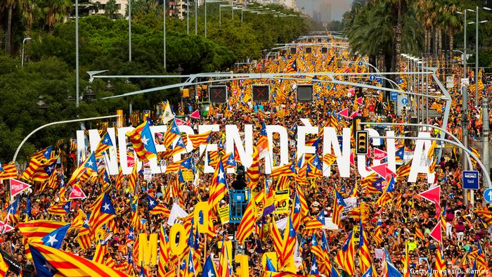 Thousands of Catalan separatists on the streets of Barcelona