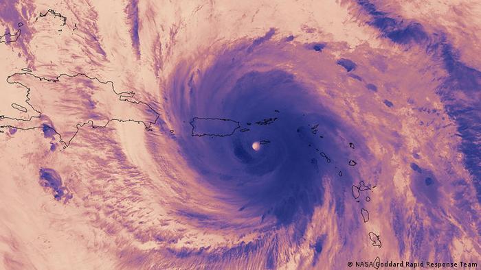 Imagen de infrarrojos de la NASA captura una imagen térmica del Huracán María a su paso por las Islas Vírgenes antes de entrar en Puerto Rico (20.09.2017).