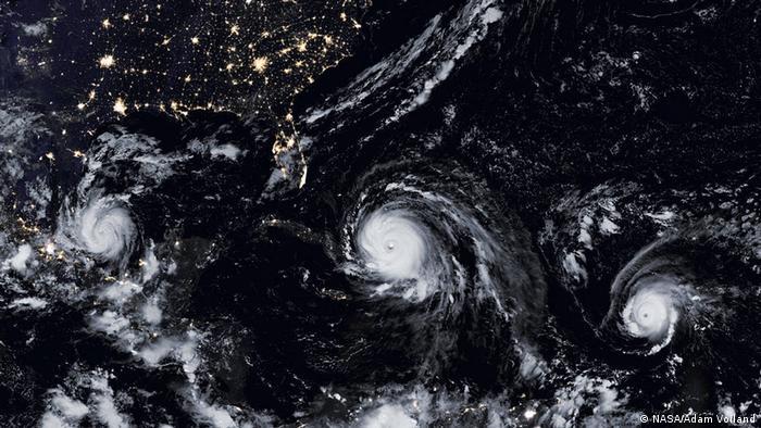 Los huracanes con frecuencia se forman de tres en tres, como estos registrados en septiembre de 2017.