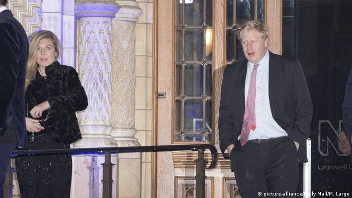 London Boris Johnson und Carrie Symonds (picture-alliance/Daily Mail/M. Large)