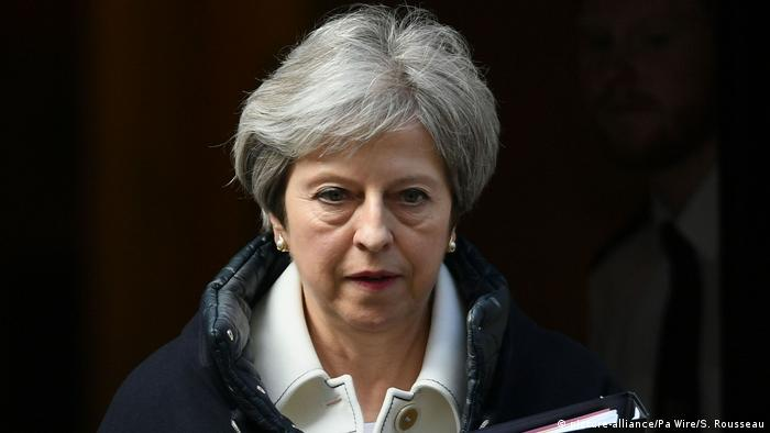 Großbritannien Premierministerin Theresa May (picture-alliance/Pa Wire/S. Rousseau)