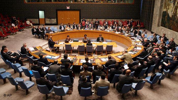 در سال ۱۳۸۴شش کشور عضو شورای همکاری خلیج فارس در نامهای به شورای امنیت سازمان ملل متحد تجاوز ایران به آزادی کشتیرانی را تهدید علیه ثبات و امنیت منطقه و خطر جدی نسبت به صلح و امنیت بینالمللی دانسته و خواستار تشکیل جلسه فوری شورا شدند. شورای امنیت نیز با تصویب طرح قطعنامه پیشنهادی شش کشور شورای همکاری در قالب قطعنامه ۵۲۲ حمله به کشتیهای تجاری را محکوم کرد.