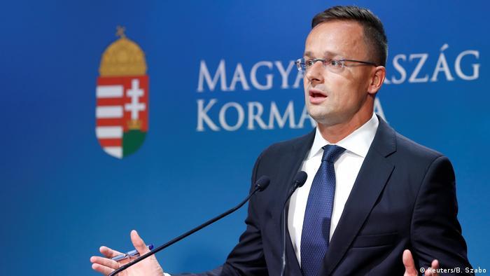 Ungarn, Budapest: Außenminister Peter Szijjarto hält eine Pressekonferenz (Reuters/B. Szabo)