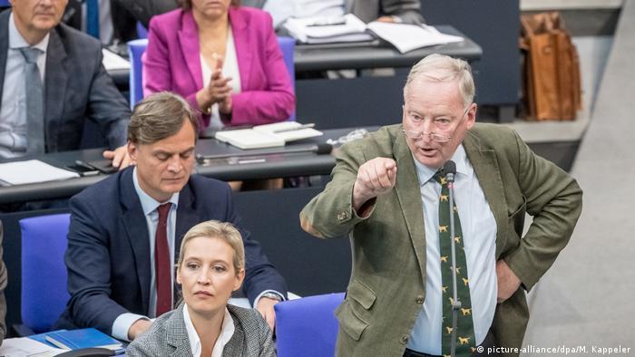 Deutschland, Berlin - Bundestag - Alexander Gauland, Fraktionsvorsitzender der AfD, bei der Generaldebatte im Deutschen Bundestag