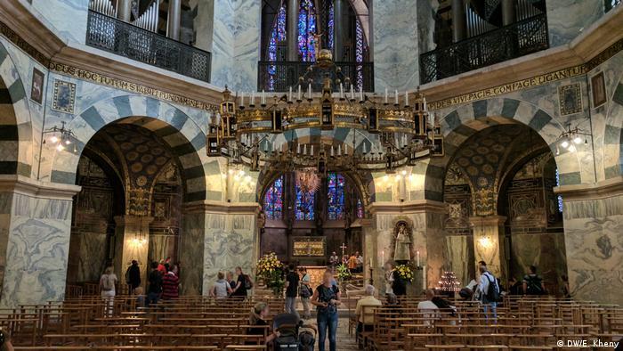 DW Reportage Aachen von Eesha Kheny   Aachener Dom