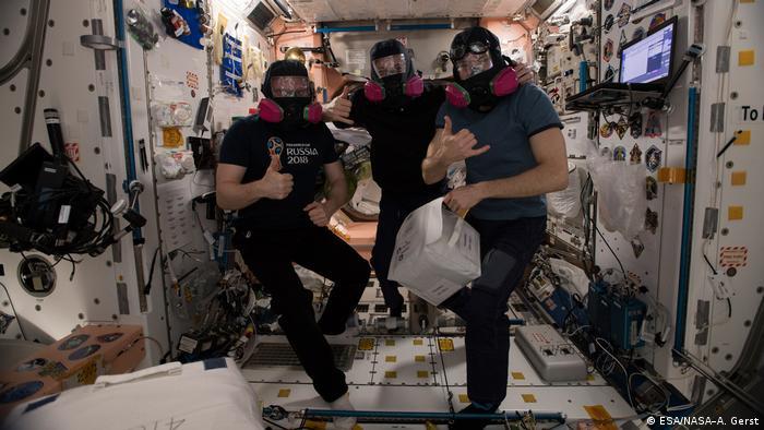 Тренировка астронавтов на МКС