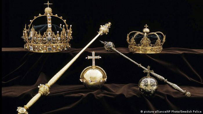 Swedish crown jewels (picture-alliance/AP Photo/Swedish Police)
