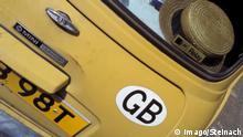 20.06.2002 Copyright: imago/Steinach Mini-Cooper aus Großbritannien zu Besuch in Berlin,