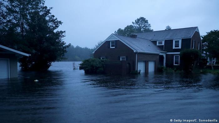 Alagamentos causados pelo furacão Florence na Carolina do Norte