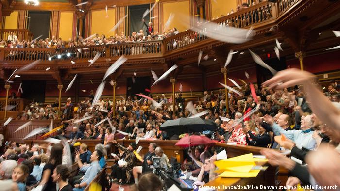 USA Verleihung des Ig-Nobelpreises 2018 in Boston (picture-alliance/dpa/Mike Benveniste/Improbable Research)