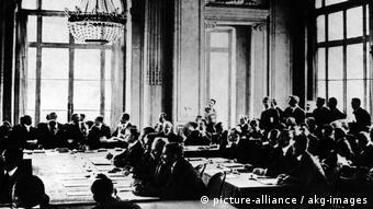 Στις Βερσαλλίες υπεγράφη και η Συνθήκη Ειρήνης μετά τον A' Παγκόσμιο Πόλεμο