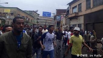 Äthiopien Addis Abeba, Unruhen (DW/B. ze Hailu)