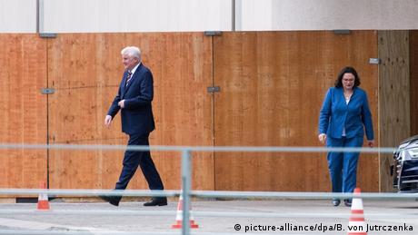 DW: Συνεχίζεται η αντιπαράθεση στον κυβερνητικό συνασπισμό της Γερμανίας