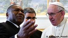 Vatikan Papst Franziskus und Präsident Filipe Nyusi Mosambik