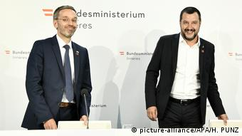 Herbert Kickl and Matteo Salvini in Vienna (picture-alliance/APA/H. PUNZ)