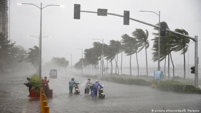 Philippinen Taifun Mangkhut (picture alliance/dpa/B. Marquez)