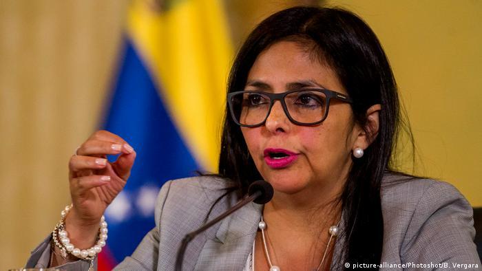 Venezuela Außenministerin Delcy Rodriguez (picture-alliance/Photoshot/B. Vergara)