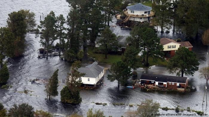 USA North Carolina Tropensturm Florence (picture-alliance/AP Images/S. Helber)