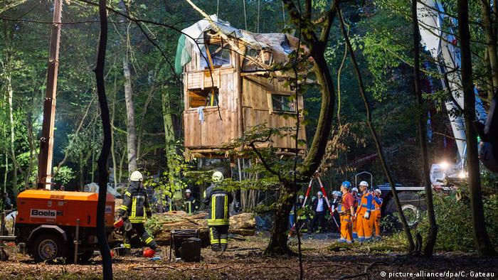 A large treehouse in Hambach Forest