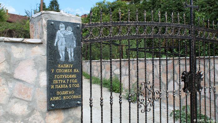 Bosnien und Herzegowina Gedenken an zwei bosnisch-serbische Kinder, die während des Krieges getötet wurden