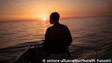Mittelmeer MS Aquarius geretteter Bootsflüchtling