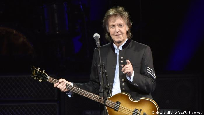 Paul McCartney britischer Musiker (picture-alliance/dpa/R. Grabowski)