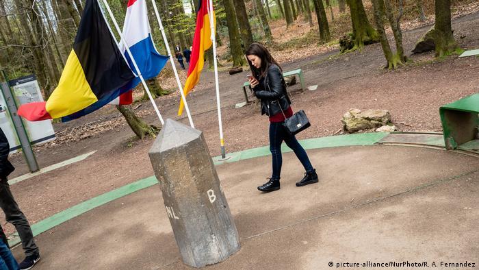 Deutschland Dreiländereck in der Eifel an der Grenze zu Belgien und den Niederlanden