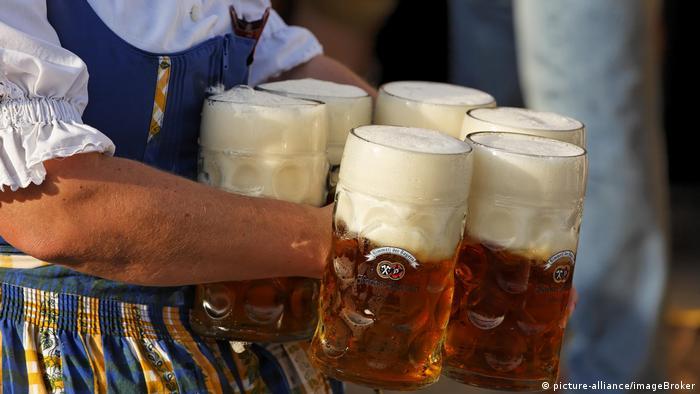 Deutschland Oktoberfest München (picture-alliance/imageBroker)