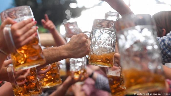 Deutschland Oktoberfest (picture-alliance/dpa/T. Hase)