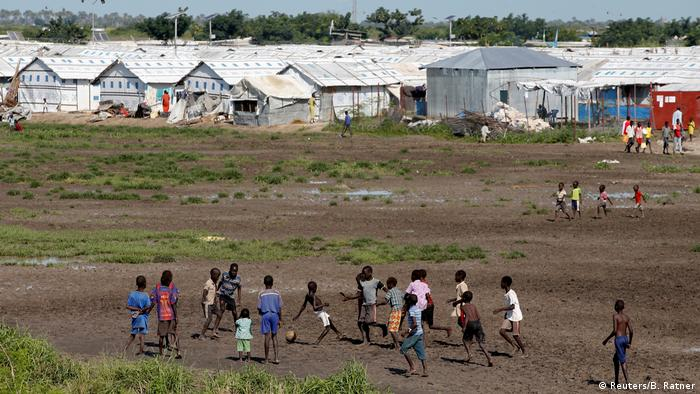 A group of children in front of shelters at the IDP camp in Malakal, south Sudan