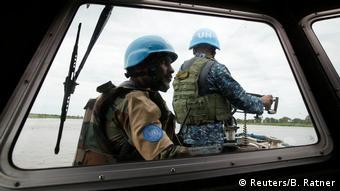 Κυανόκρανοι προσπαθούν να επιβάλουν την ειρήνη στο Νότιο Σουδάν
