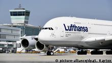 Lufthansa, Airbus, A380-800, Flughafen München, Oberbayern, Bayern, Deutschland, Europa | Verwendung weltweit, Keine Weitergabe an Wiederverkäufer.