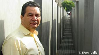 El escritor cubano Ángel Santiesteban, creador del blog Los hijos que nadie quiso.