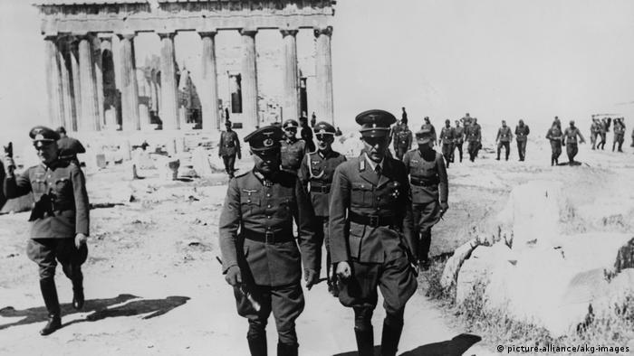 Maj 1941: Marszałek Rzeszy Brauchitsch z wizytą na Akropolu po podbiciu Grecji