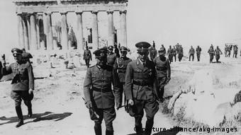 Τα εγκλήματα που διέπραξαν οι Ναζί στην Ελλάδα επιβαρύνουν εδώ και δεκαετίες τις διμερείς σχέσεις