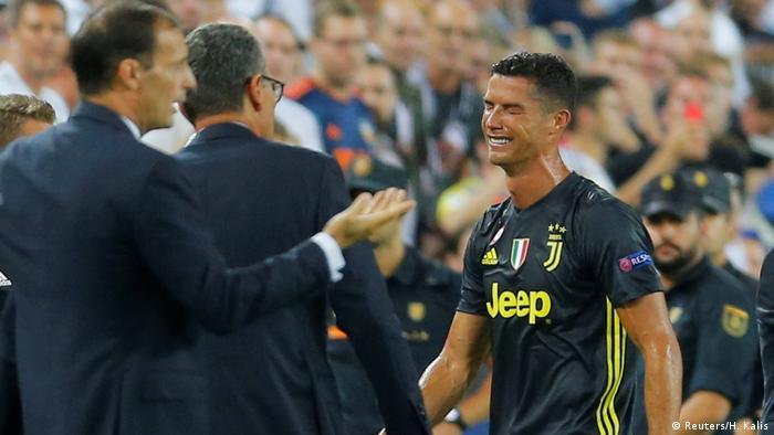 Champions League Valencia v Juventus  a5dbcf492fdfa