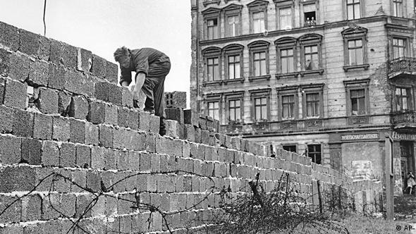 Berlin DDR Mauerbau Flash-Galerie