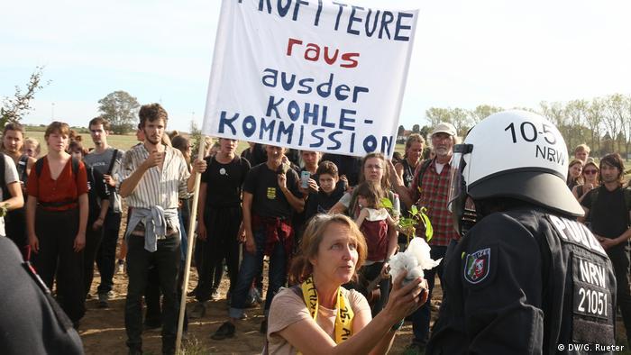 Hambacher Forst Protest Hambi bleibt