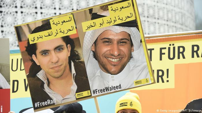 Deutschland Protest vor der Botschaft von Saudi Arabien