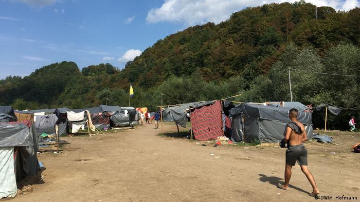 Flüchtlingslager Velika Kladusa (DW/F. Hofmann)