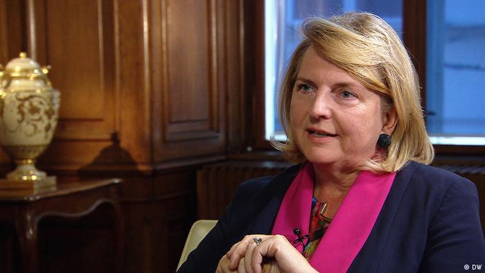 Sie bleibt im Amt: Österreichs Außenministerin Karin Kneissl