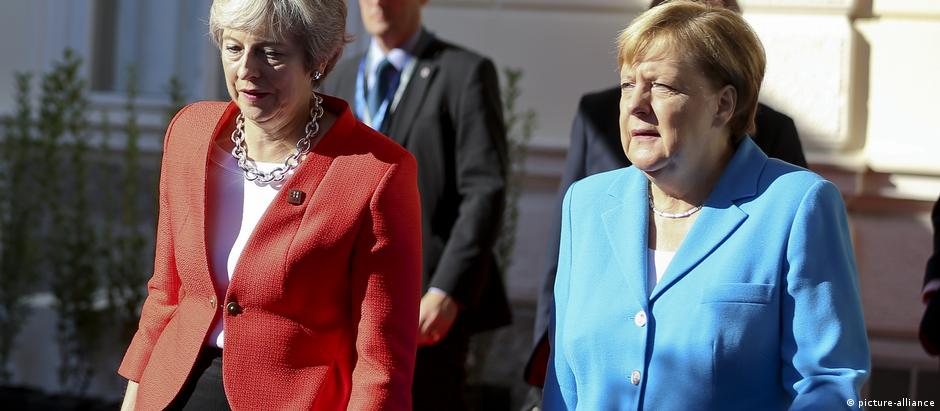 Theresa May and Angela Merkel at the Salzburg summit. (picture-alliance)