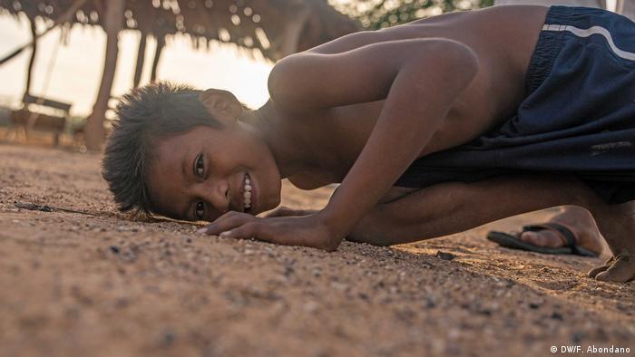 Los niños Wayuu son curiosos por naturaleza, además de ser muy amables con quienes los visitan.
