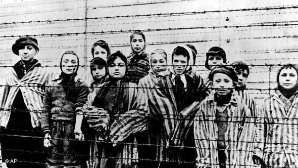 Kinder in Auschwitz Flash-Galerie Nazi Verbrecher