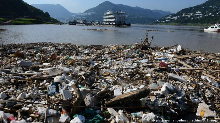 Pile of garbage floating on the Yangtze River in China