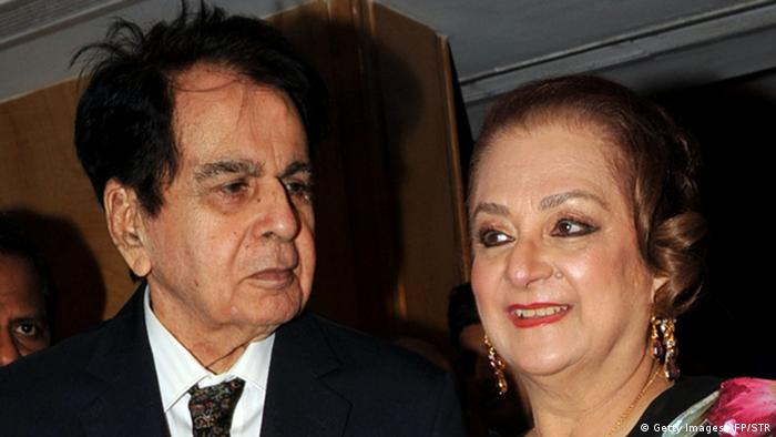 Dilip Kumar und seine Frau Saira Banu 2012