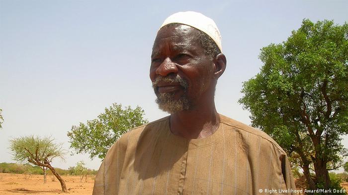 Yacouba Sawadogo detiene desiertos