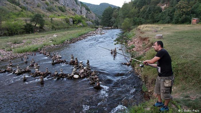 Reka Temska bogata pastrmkom