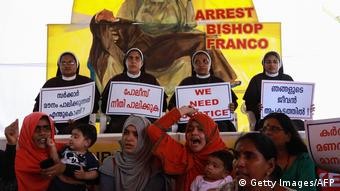 Indien Protest Bischoff Franco Mulakkal (Getty Images/AFP)