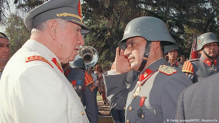 Chile Ex-Diktator Pinochet (Getty Images/AFP/C. Bouroncle)